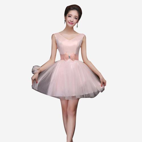 粉色甜美连衣裙